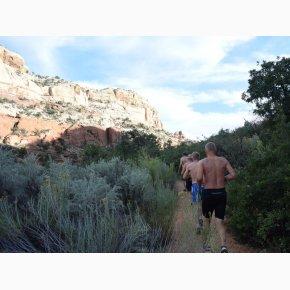 RUN the Canyons Løberejser - Lower Calf Creek Falls, Utah